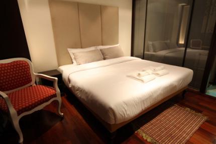 โรงแรม ริช บูติค