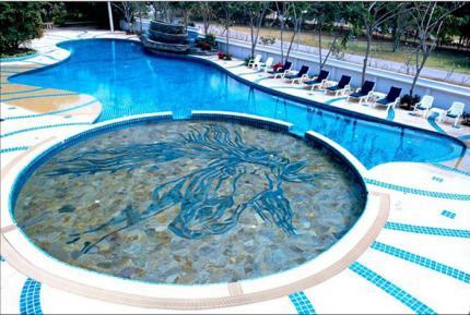 Horseshoe Point Resort