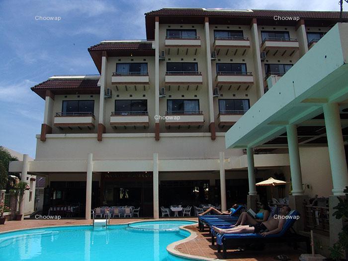 ピピ ホテル