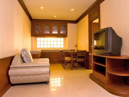 曼谷康文特公园酒店