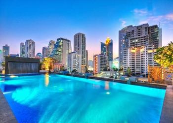 阿德米拉尔素坤逸23酒店