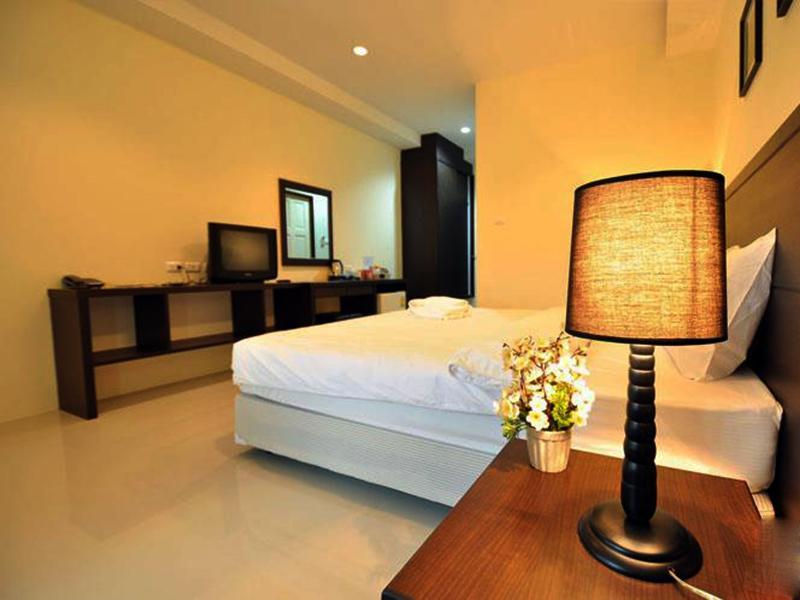 Baan Phor Phan Hotel