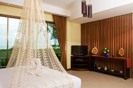 Khao Lak Diamond