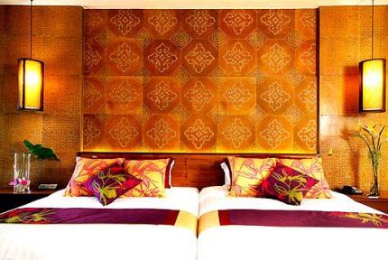 โรงแรมสารีรายา