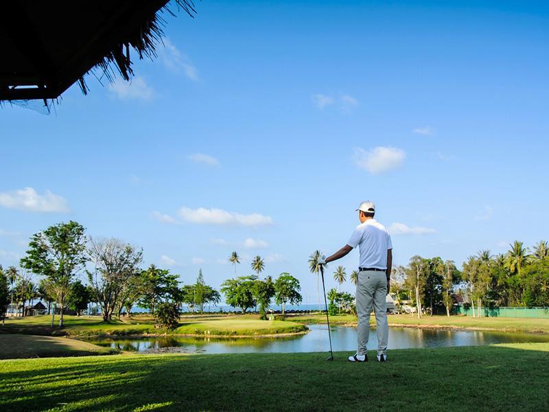 노보텔 츔폰 비치 리조트 & 골프