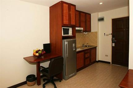 Nova Park Hotel and Service Apartment