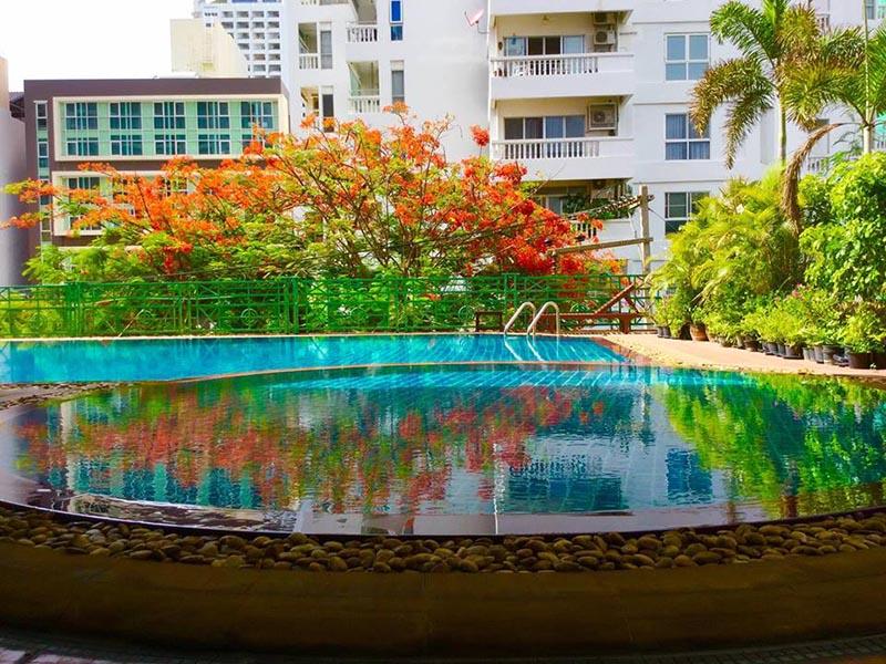 Mike Beach Resort