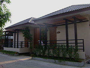 Yenjit Bungalow and Resort