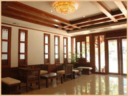 Chanthapanya Hotel