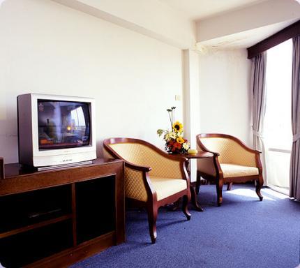 โรงแรม อโยธยา ริเวอร์ไซด์