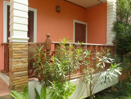 Lanta Nature House