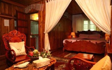 โรงแรม มาโนลัค