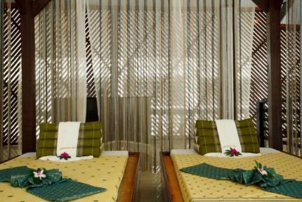 โรงแรมแบมบูบีช