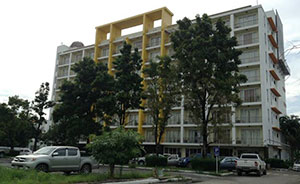 Sirapa Resident