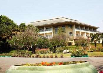โรงแรมและรีสอร์ท สตาร์ไลท์ เขาใหญ่