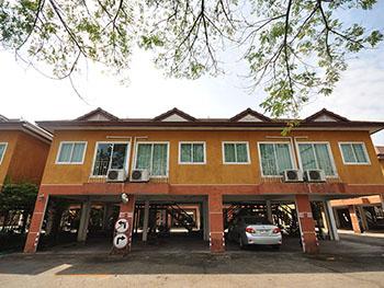 Ruenkhamin Hotel
