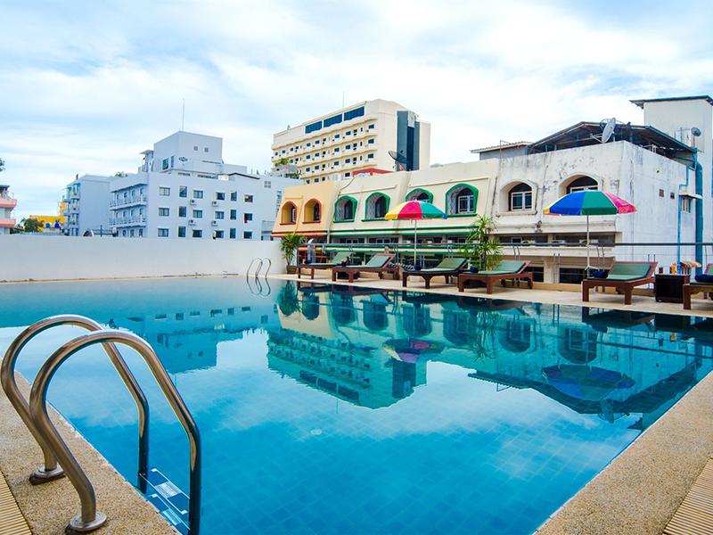 โรงแรมอิสตินี่ เซเว่น