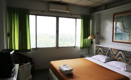 Lopburi Inn Hotel