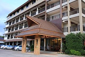 โรงแรมปั้นหยา รีสอร์ท