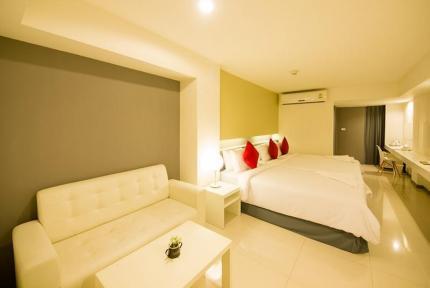Myhotel Cmyk @Ratchada