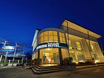 甲米滨江酒店