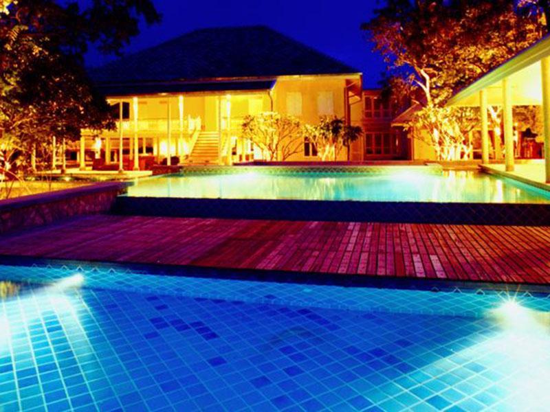 班贝燕酒店