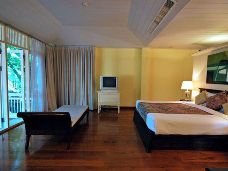 반 바얀 호텔