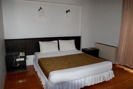 Rome Place Hotel Phuket