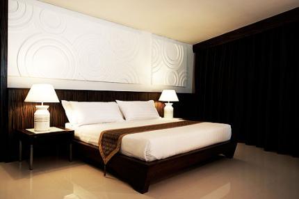 โรงแรมโนราห์เฉวง