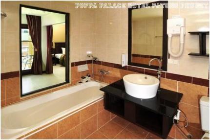 Poppa Palace