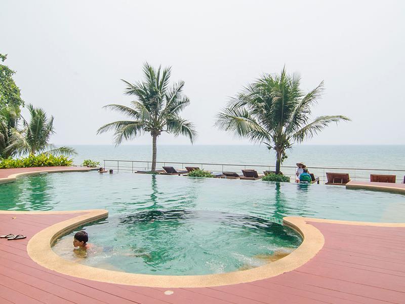 Koh Chang Ocean Drive