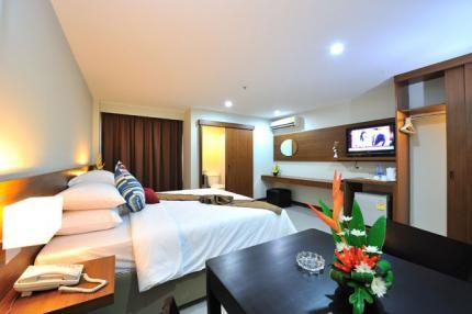 Patong Bay Resotel
