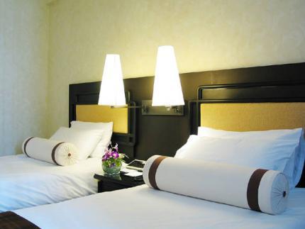 Novotel Centara Hotel