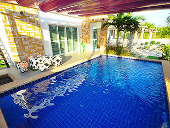 Nalin Pool Villa Huahin