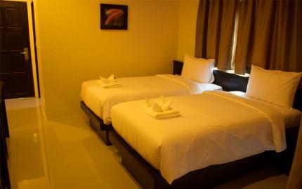 โรงแรม 88 โฮเทล