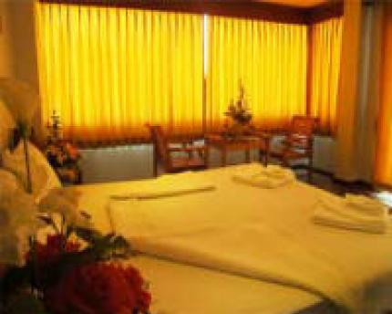 VJ Hotel & Health Spa