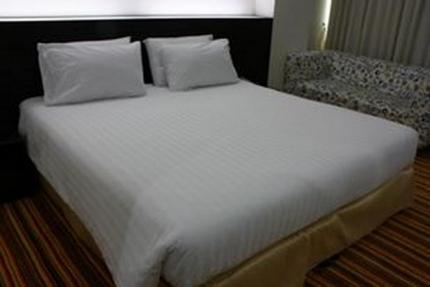 V Verve Service Apartment Hotel & Spa