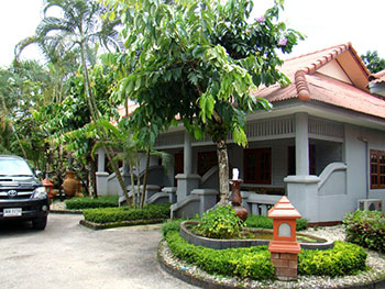 Huaenkham Resort  Boutique Hotel