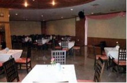 Ayutthaya Thanee Hotel