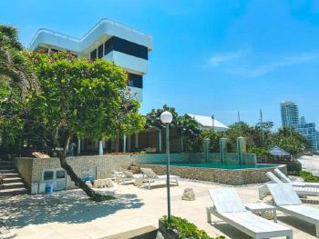 拿恩海滨小屋酒店