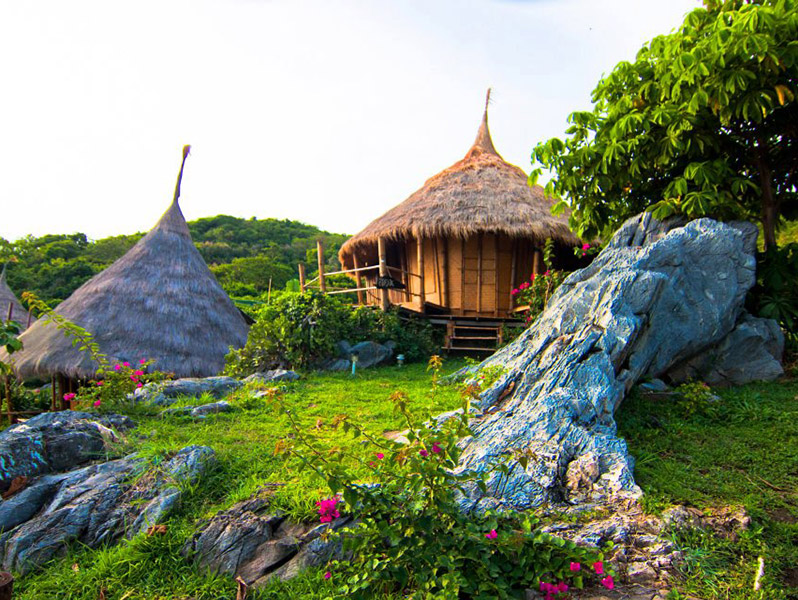 Пари Hut Koh Sichang курорт