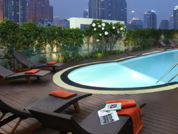 Lohas Suites Sukhumvit by Superhotel
