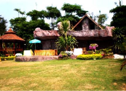 Chatchada Grand