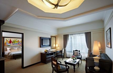 트레이더스 호텔