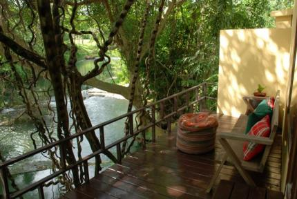 Ndol streamside thai villas