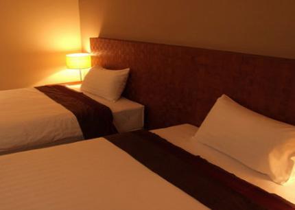 Sunee Grand Hotel