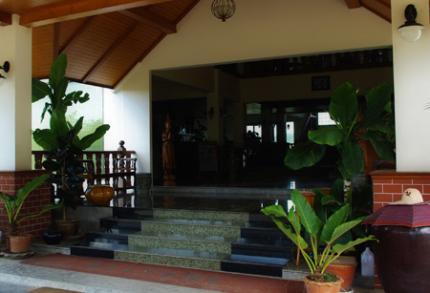 Tak Andaman Resort & Hotel