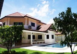 Mabprachan Lake Villa