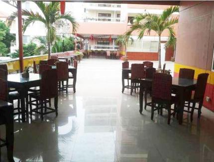 โรงแรมโมนาพาเลซ