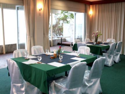 Sailom Hotel